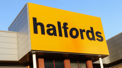 Halfords has exclusively retained Florit Brooke on its General Counsel job